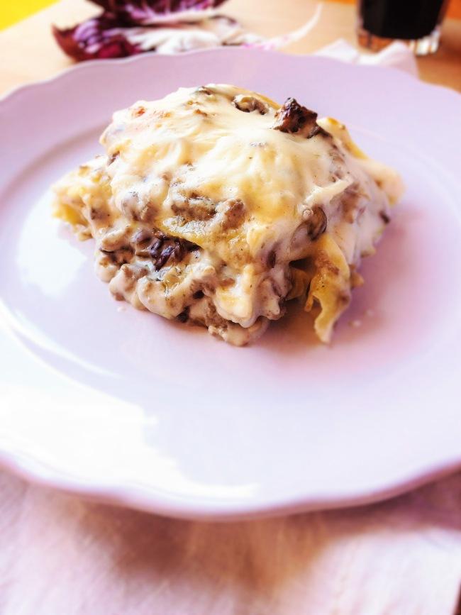 lasagne salsiccia carciofi radicchio